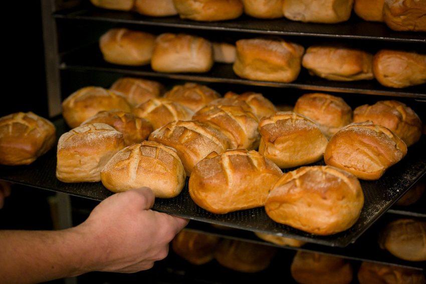 Mehr Geld für Bäckerei-Beschäftigte.