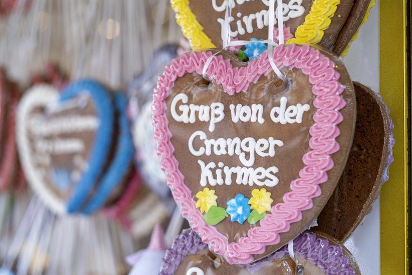 Erster Tag der Cranger Kirmes 2019 in Herne (NW), am Donnerstag (01.08.2019). Mit der korrigierten Zählweise ist es diesmal die 535. Auflage des bekannten Volksfestes am Rhein-Herne-Kanal in Crange. Die Kirmes endet am Sonntag (11.08.2019).