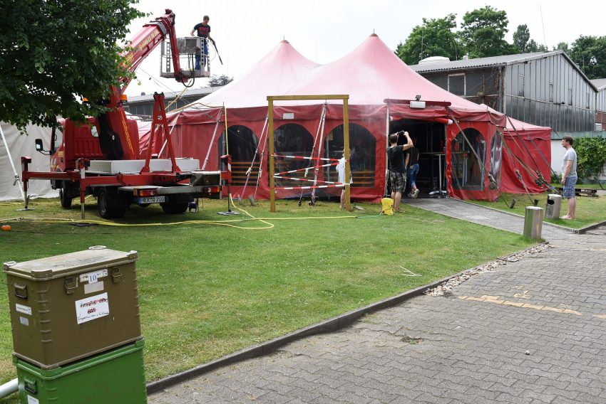 Putzaktion beim Circus Schnick Schnack
