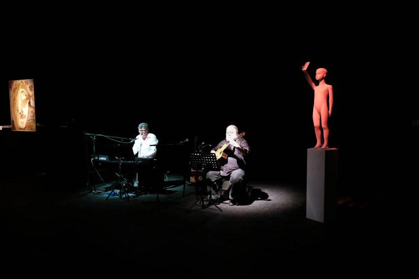 v.l. Willi Thomcyzk, Norbert Müller, Selfie-Puppe.