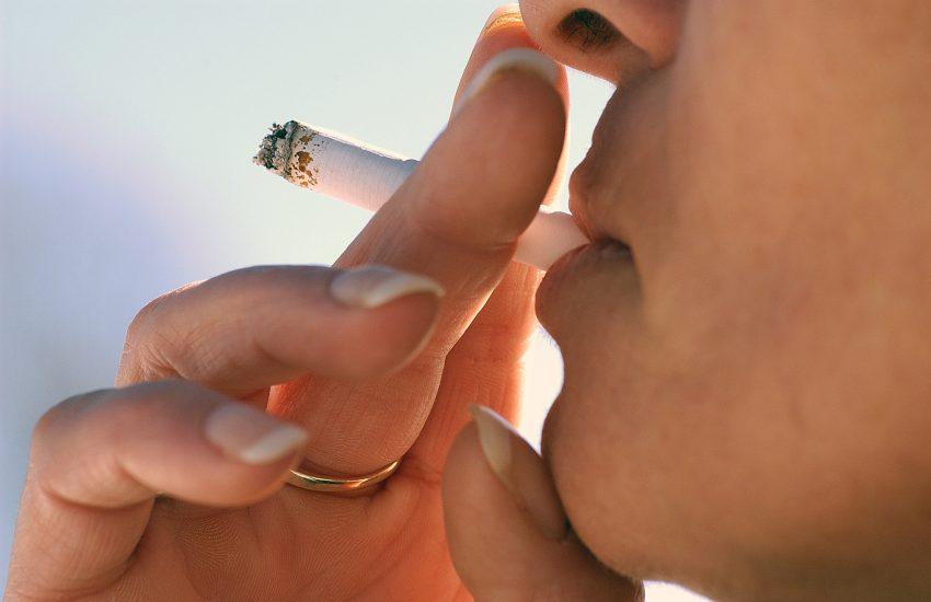 NUR AOK Wichtigster Risikofaktor für die Entwicklung von COPD ist das Rauchen.