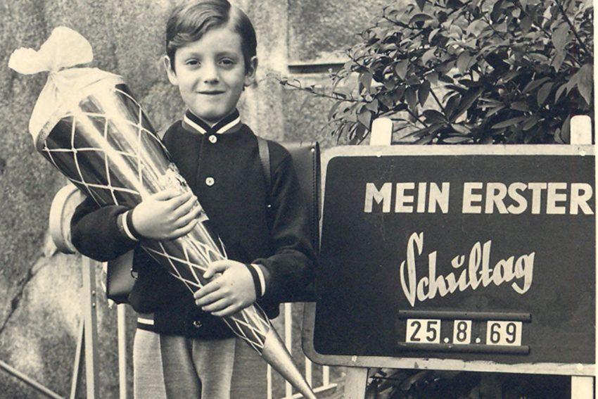 Klein Horst bei seiner Einschulung. Horst Schröder- Einschulung.