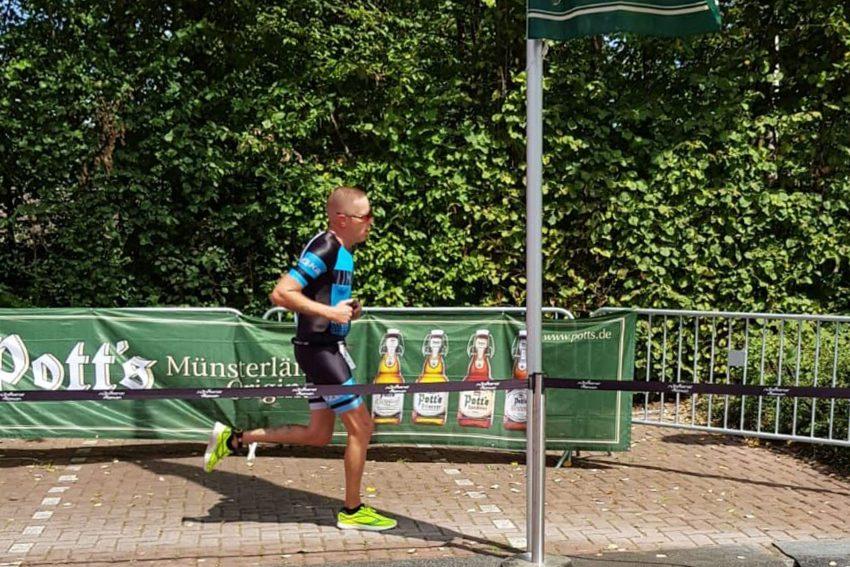 Thomas Lenzing von Westfalia Herne Triathlon beim Sassenberg Triathlon.