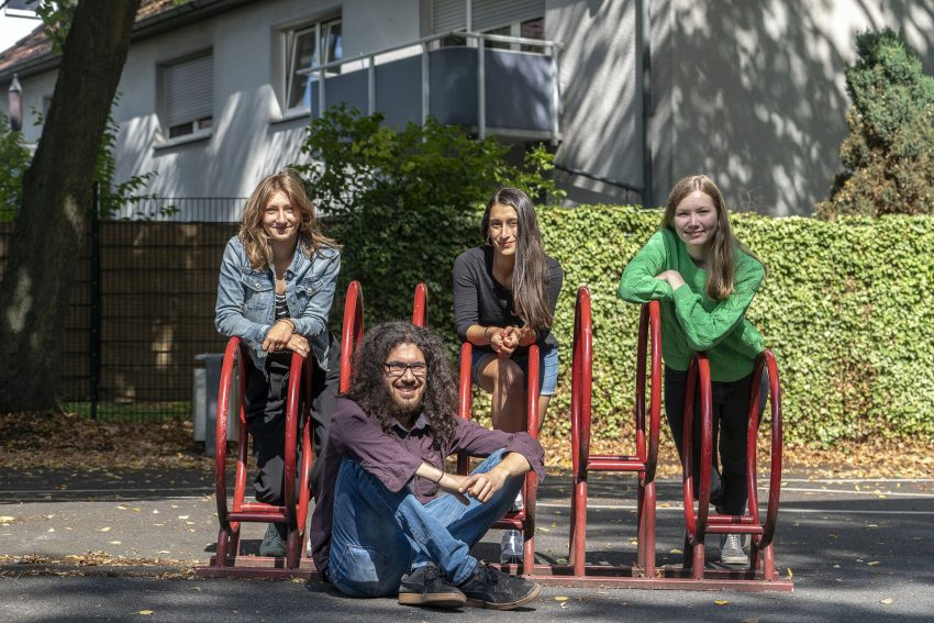 v.l. Rahel Steffen, Dennis Kazakis, Emel Aydogdu, Carlotta Ribbe.