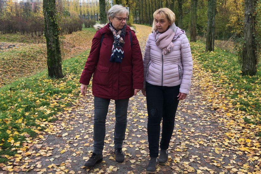 Die Trauerspaziergang Initiatorinnen Karola Rehmann (li.) und Kerstin Tischler.