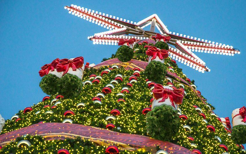 Weihnachtsbaum beim Weihnachtszauber.