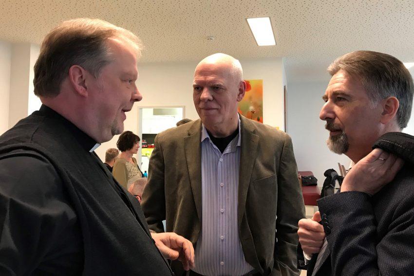 Ökumenische Pfarrkonferenz: v.l. Pfarrer Ludger Plümpe, Dekanatsreferent Heinz Otlips und Superintendent Reiner Rimkus.