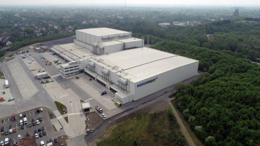 Das neue Nordfrost-Logistikzentrum in Herne aus der Luft betrachtet.