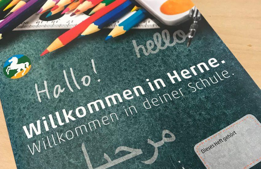 1.800 Exemplare der Broschüre 'Willkommen in Herne' wurden verteilt.