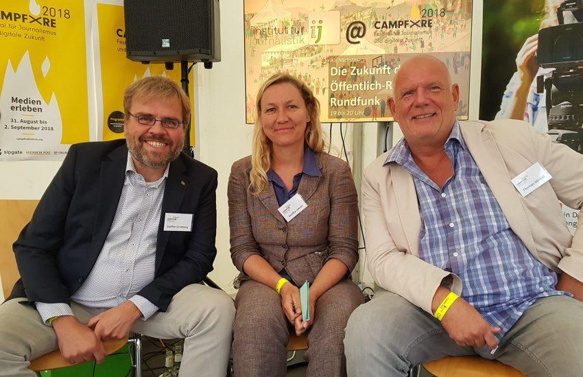 v.l. Zapp-Reporter Steffen Grimberg, Thomas Nückel, Recherche-Journalistin Annika Jörres.