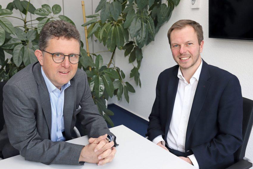 v.l. Bernd Samson geht, Matthias Jacobstroer kommt. Geschäftsführer Wittekindshof.