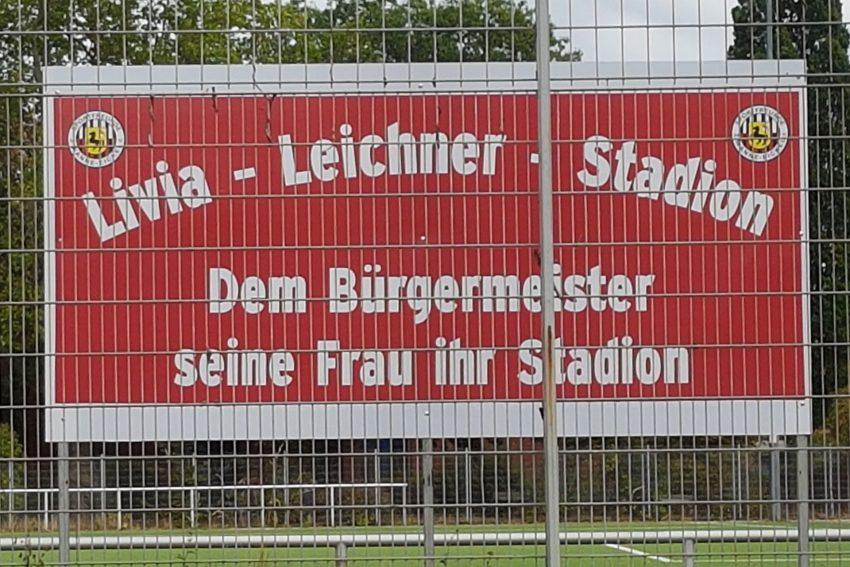 Livia-Leichner-Stadion-Schild.