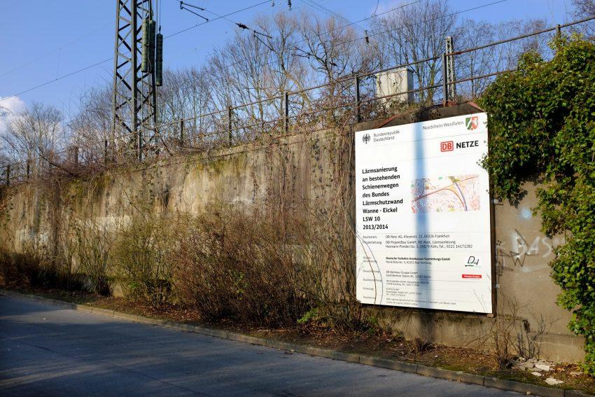 Die Bahn baut Lärmschutzwände in Herne.