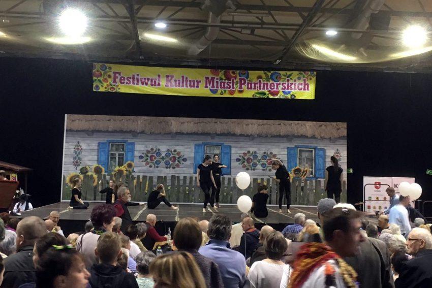 Beim Kulturfestival.