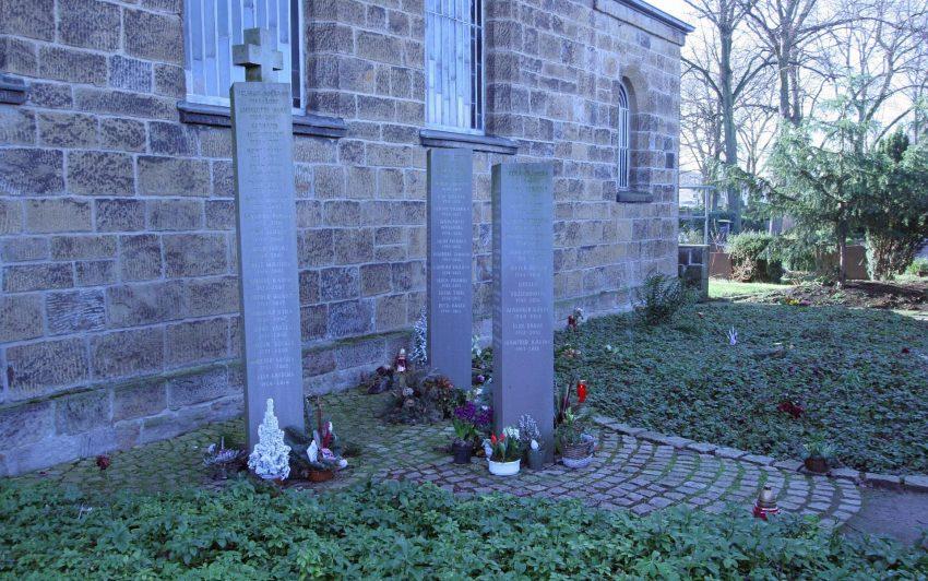 Der Friedhof an der Cranger Kirche
