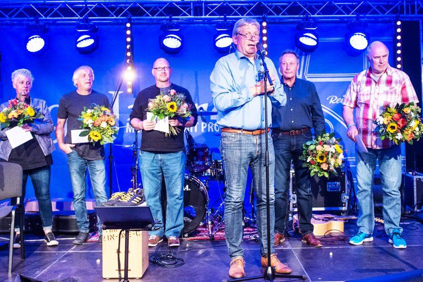 Reifen Stiebling feiert 90. Geburtstag mit einem großen Fest.