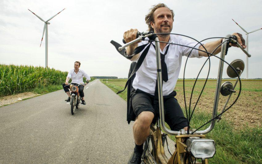 Christian (Lars Eidinger) und Georg (Bjarne Mädel).