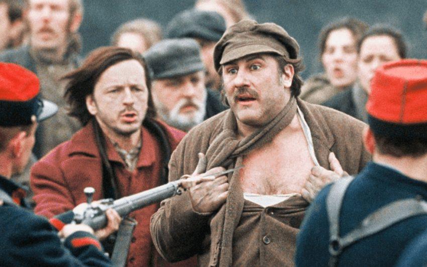 Nach dem Meisterwerk Germinal von Emile Zola inszenierte der um Authentizität bemühte Claude Berri den bislang teuersten Film der französischen Geschichte mit Gerard Depardieu in der Hauptrolle.