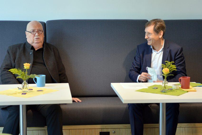 Vorstellung des ersten Krimispiels rund um die Cranger Kirmes. v.l. Christian Stratmann, Oberbürgermeister Dr. Frank Dudda.