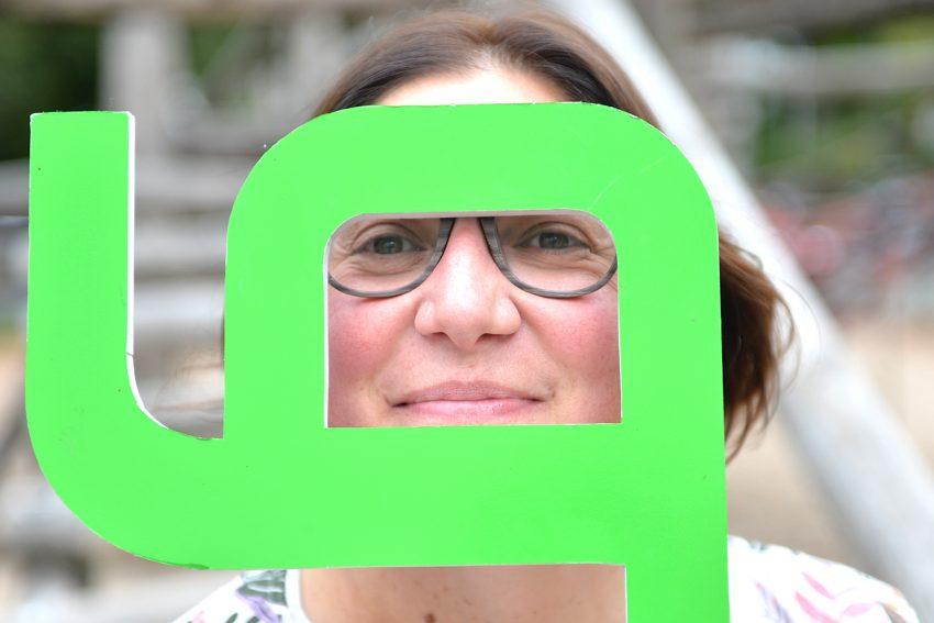 Chiara Cremon - die Frau, die bei der gfi viele Verbindungen schafft. 15 Jahre Gesellschaft zur Förderung der Integrationsarbeit in Herne (gfi).