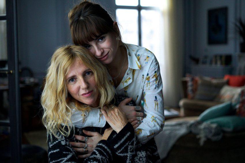 Sandrine Kiberlain und Thais Alessadrin als Mutter Heloise und Tochter Jade.