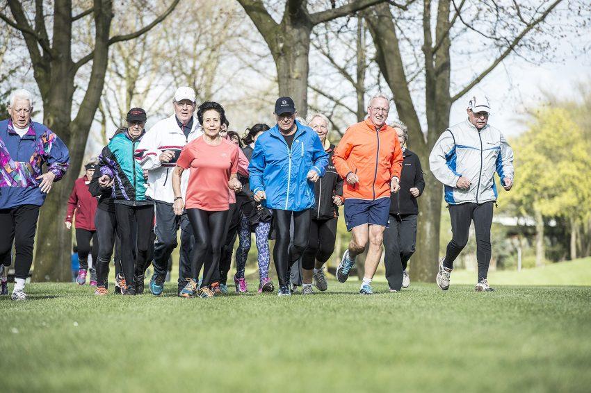 Seit Freitag (15.4.2016) treffen sich wieder Sportler zum Lauftreff ins Grüne.