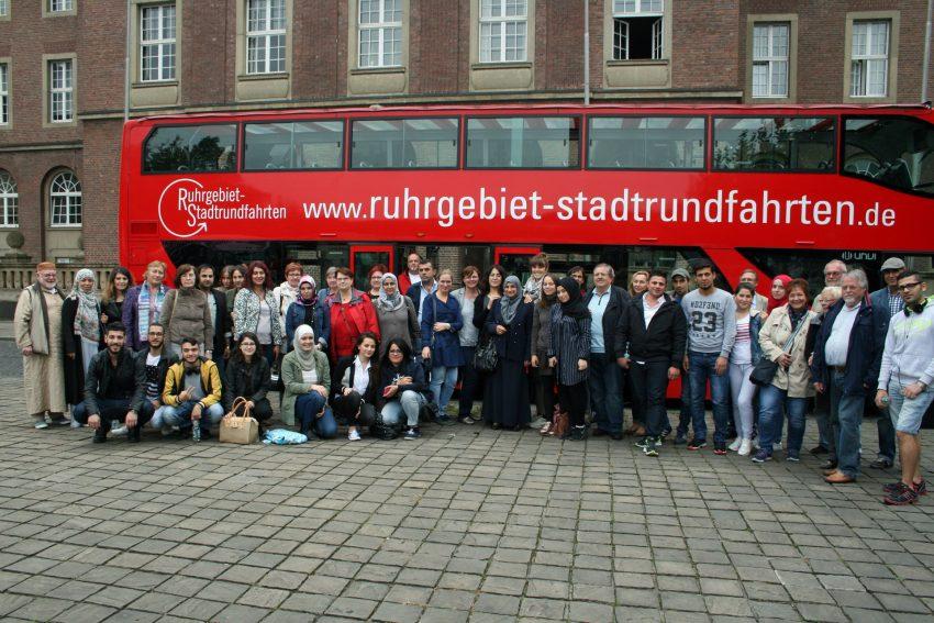 Die Teilnehmer der Stadtrundfahrt.