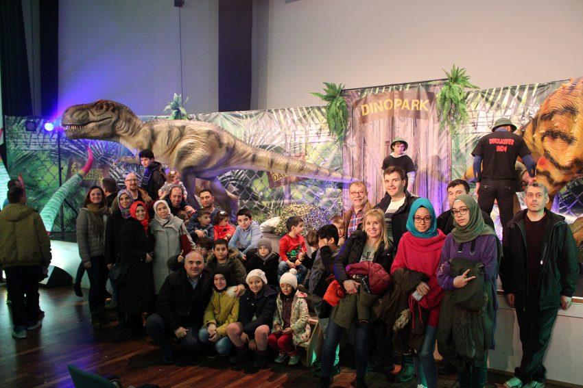 Dino-Show in der Realschule Crange.