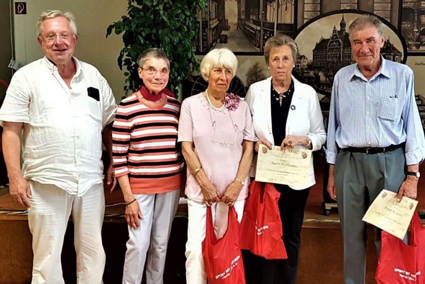 v.l. Detlef Brune ( Geschäftsführer ), Christel Neuhaus ( Pressewartin ), Christel Blumhardt, Agnes Hoffmann, Peter Klingebiel.