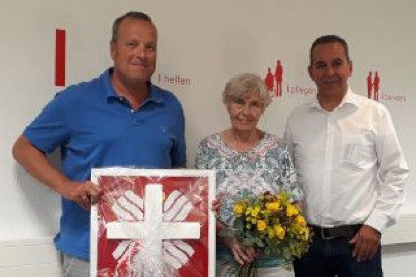 v.l. Dr. Alexander Sturm (Vorsitzender des Caritasrates), Ilse Stehmann, Ansgar Montag (Vorstand Caritasverband Herne).