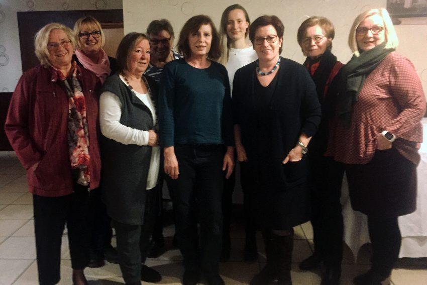 Gudrun Nott-Votteler (3.v.l.) und die CDU-Frauen