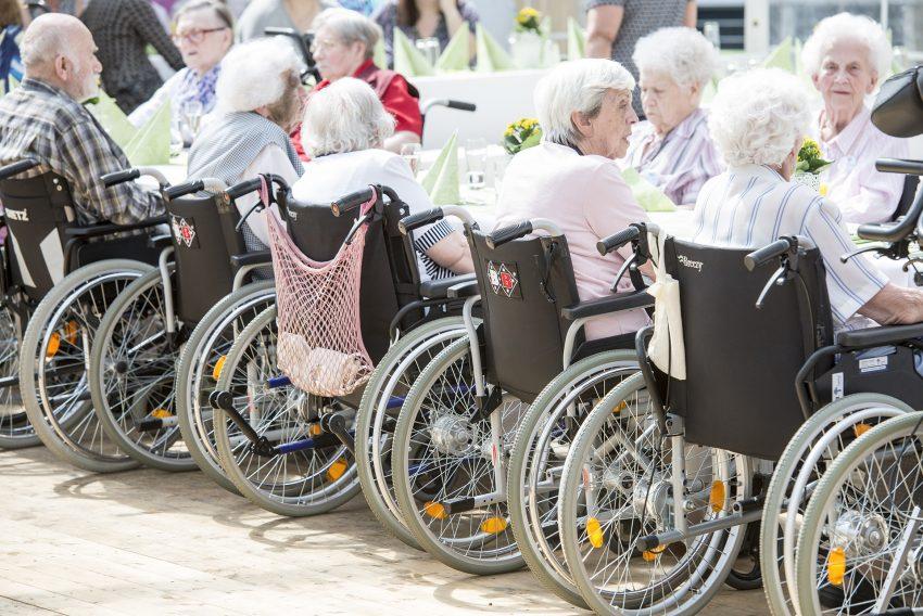 Rollstuhl-Parade.