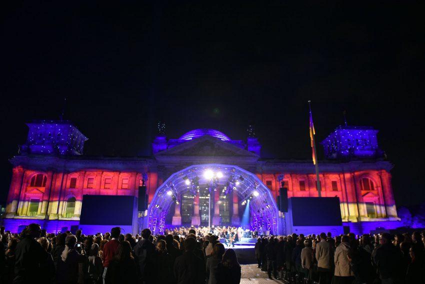 Feier zum 25. Jahrestag der Deutschen Einheit in Berlin.