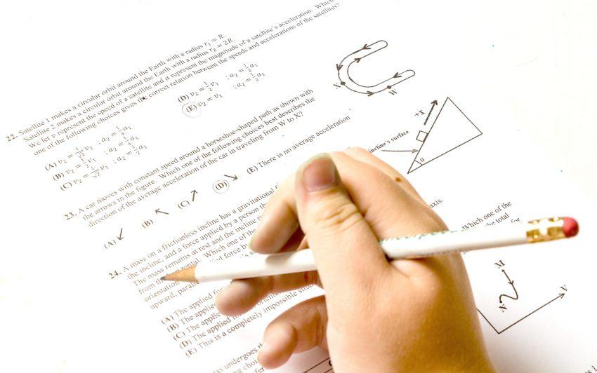 Hilfe bei Hausaufgaben.
