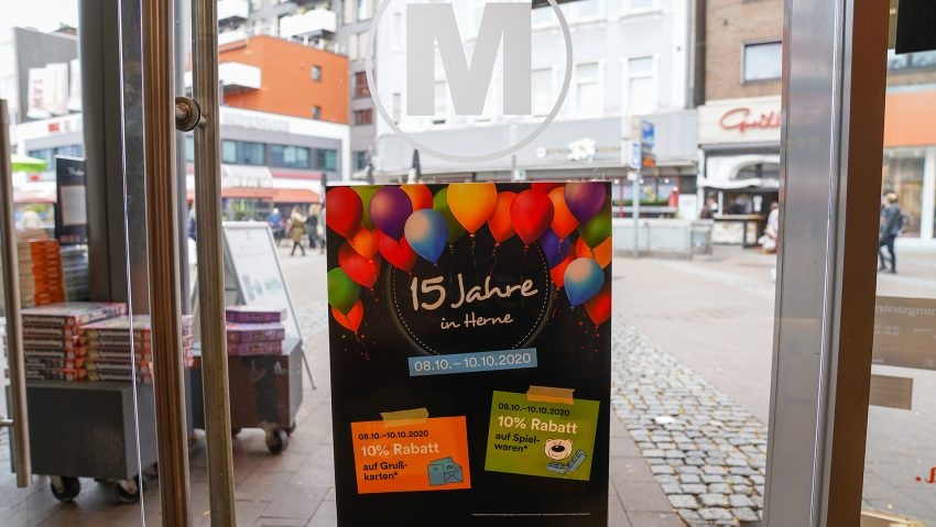 Die Mayersche Buchhandlung feiert 15-jähriges Jubiläum in Herne.