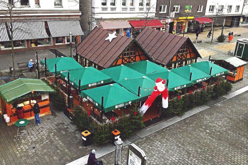 Ruhrpott-Hütten vor dem CityCenter.