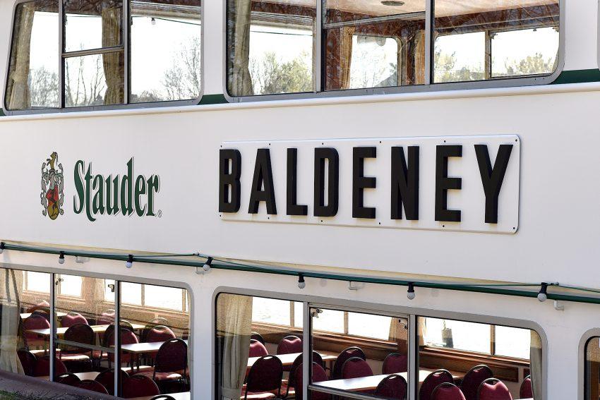 Auf der MS Baldeney gibt es Stauder.