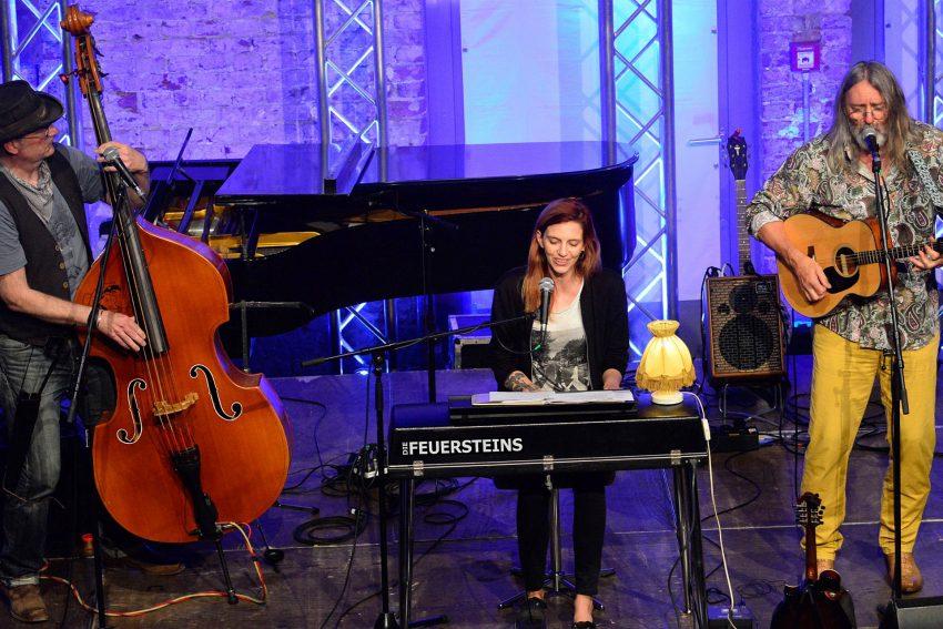 Das Trio Die Feuersteins.