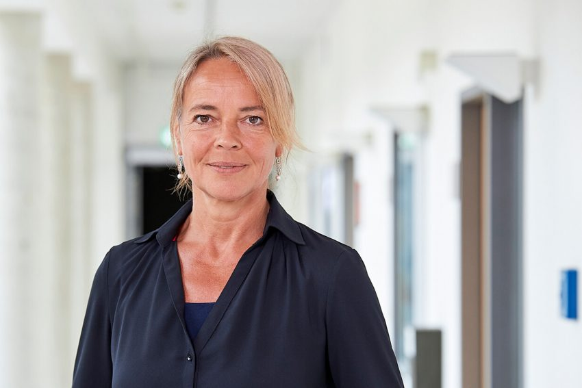 """Prof. Dr. Britta Böckmann betreut das Projekt """"AutoPiLoT"""" am Lehrstuhl medizinische Informatik der FH Dortmund."""