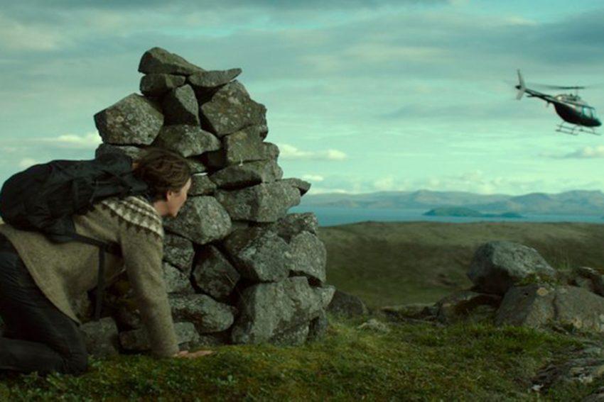 Darstellerin Halldóra Geirharðsdóttir überzeugt in einer starken Doppelrolle als kompromisslose Umweltaktivistin und deren Zwillingsschwester.