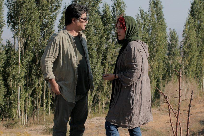 Drei Gesichter: Jafar Panahi und Behnaz Jafari.