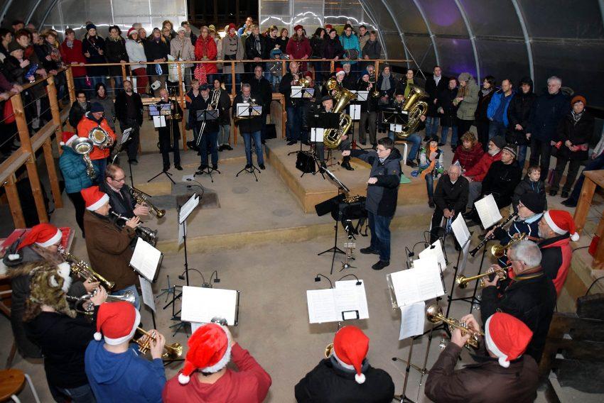 Weihnachtssingen im Grabungscamp 2015.