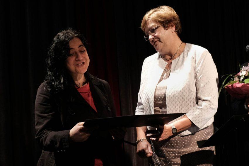 32. Literaturpreis Lütfiye Güzel, Karola Geiß-Netthöfel.