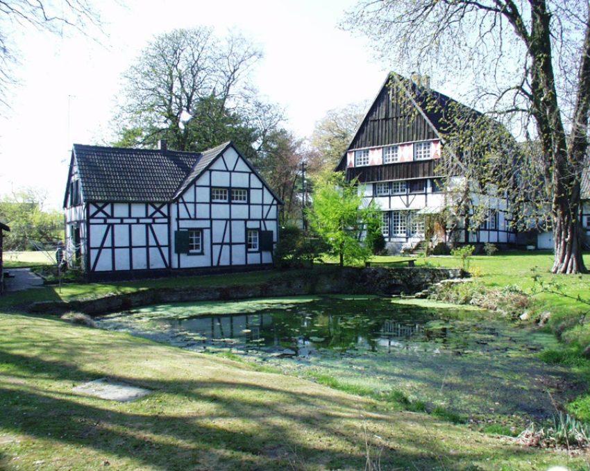 Entlang der Emscher, Quellhof in Holzwickede.