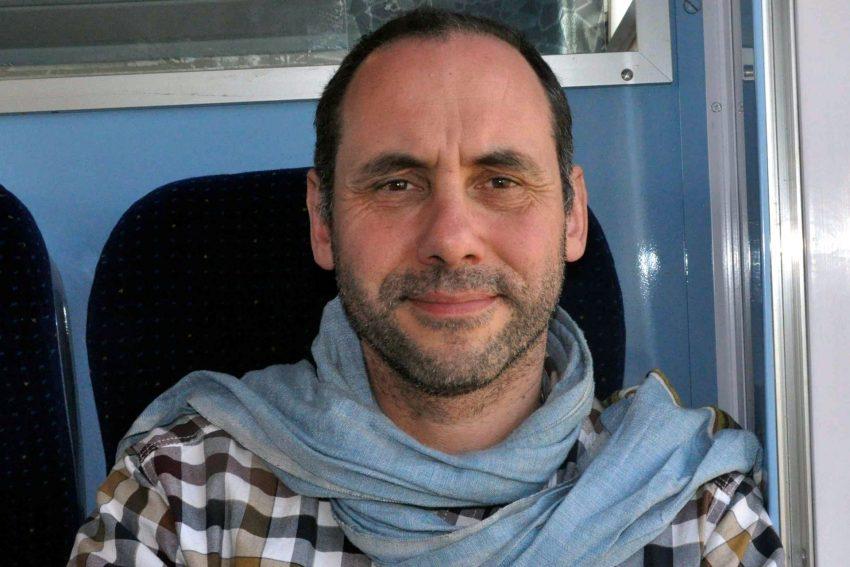 Thomas Isenburg im Zug von Marrakesch nach Rabat.