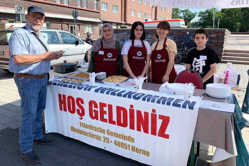 Stand der islamischen Gemeinde Röhlinghausen beim Selbsthilfetag.