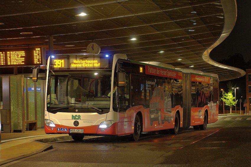 Linie 391 am ZOB Herne Bf.