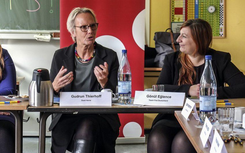 v.l. Gudrun Thierhoff und Gönül Eglence (TeachFirst)
