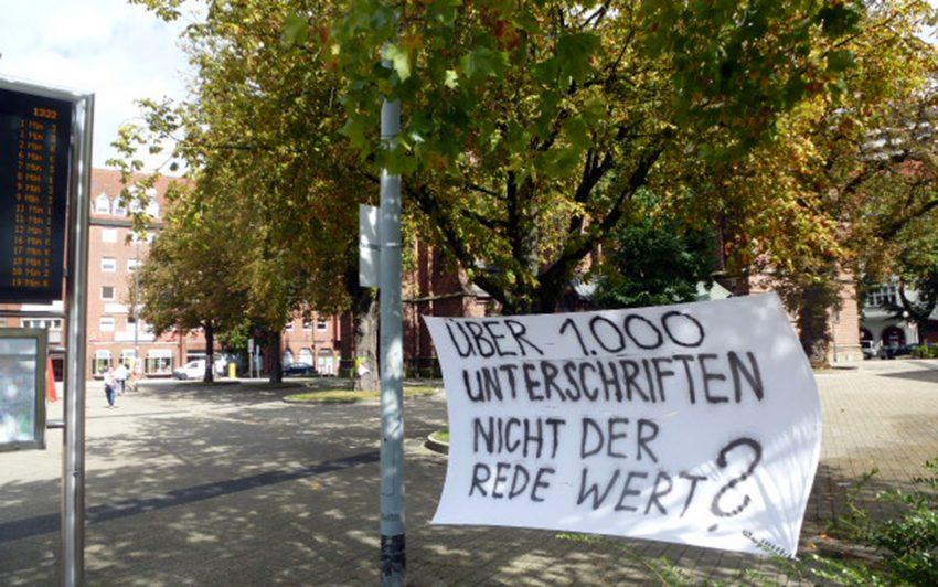 Die Bäume auf dem Europaplatz sollen bleiben.