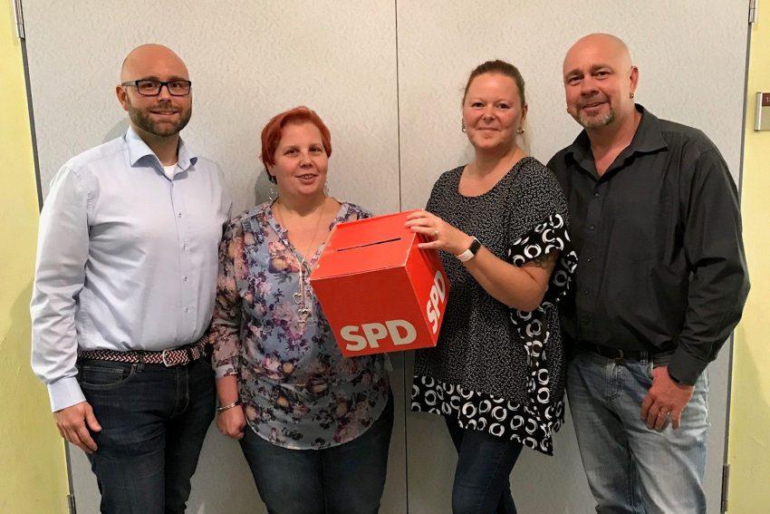 Kandidaten des SPD OV Bickern. v.l. Michael Girschol, Yvonne Lehnert, Susanna Hentschel-Leroy, Andreas Hentschel-Leroy.